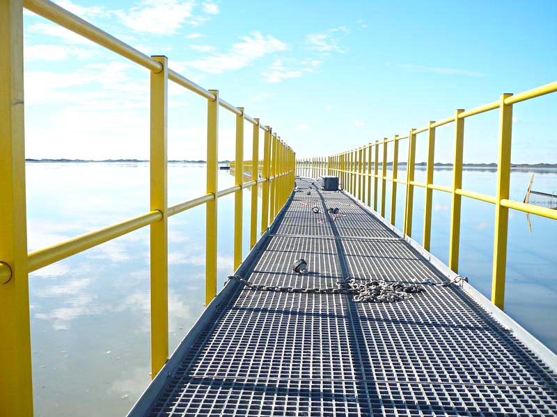 Trugrid floating walkway-2